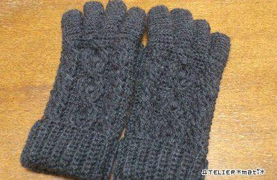 かぎ針で編むアラン模様の5本指手袋の作り方 編み物 編み物・手芸・ソーイング ハンドメイドカテゴリ アトリエ