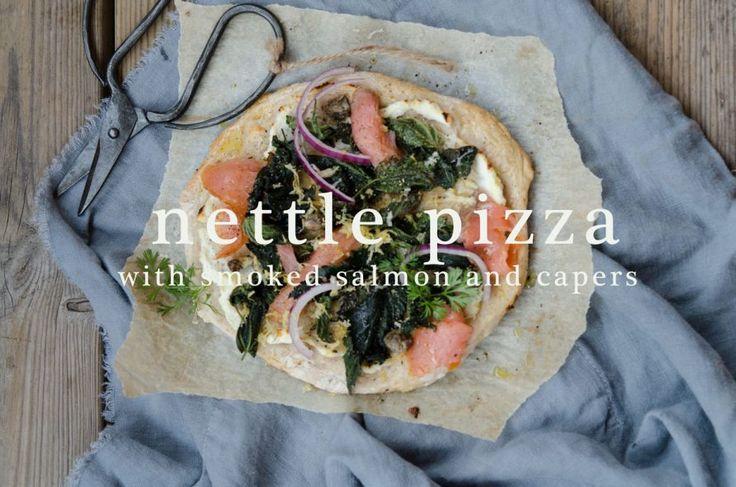 Sommarkväll med recept på nässelpizza med rökt lax och kapris