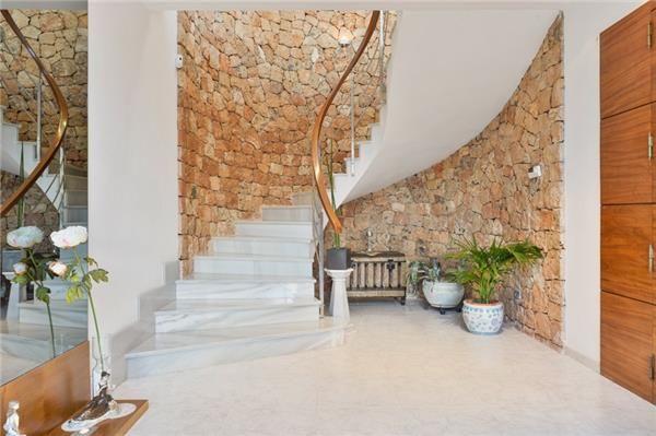 Beautifully decorated holiday house in Sant Antoni de Portmany, Ibiza, Spain #interiordesing #architecture