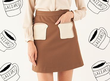 They say that if you want breakfast in bed, you should sleep in the kitchen. Thanks to this skirt, we went further on it, and from now on you can also wear your breakfast if you want. Welcome toast-shaped pockets!