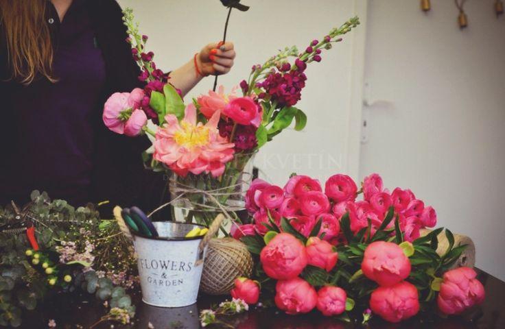 Kvetinová škola❤️galerie kvetín www.galériakvetin.sk