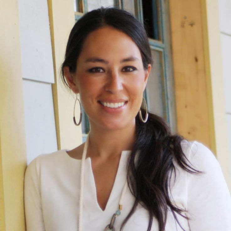 joanna gaines from fixer upper on hgtv love her style hair make up ideas pinterest. Black Bedroom Furniture Sets. Home Design Ideas