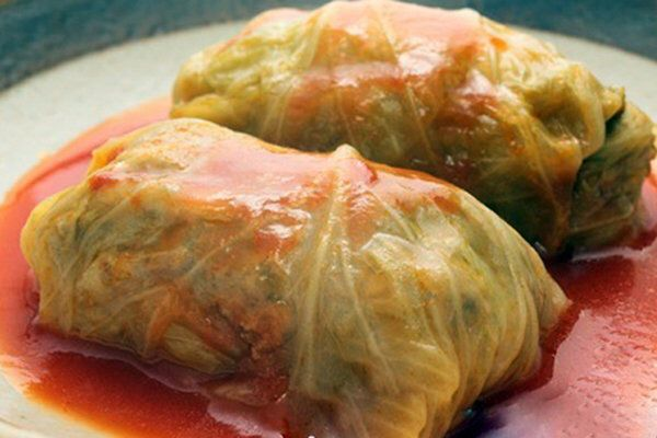 This cabbage rolls are simple, tasty and of course healthy! #recipes #slowcooker