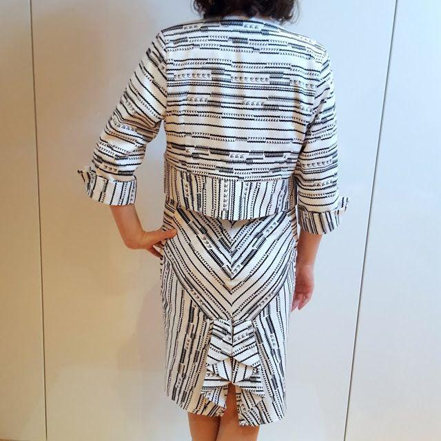 I believe I can sew...: Short jacket for the bee pencil skirt - Lekala 4018