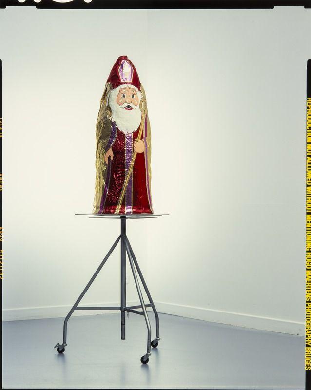 Saint Nicholas, inspiration for modern art.  De Bruyn, Goele ; Ministerie Vlaamse Gemeenschap - Afd. Beeldende Kunst en Musea ; Brussel[deelgemeente]