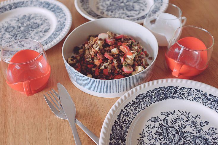 Plat en porcelaine, atelier Halo - Salade de lentilles aux légumes croquants, planB par Morganours