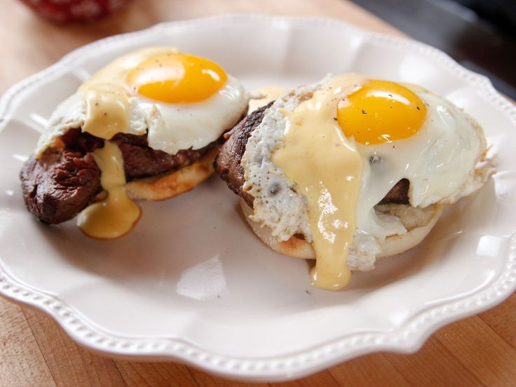 Steak and Eggs Benedict with Spicy Hollandaise recipe from Ree Drummond via Food Network