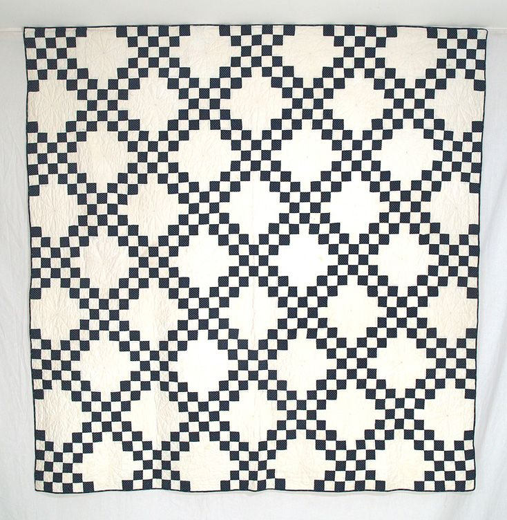 quiltChains Quilt, Exactly Quilt, Quilt Ideas, Blue, Black And White, Antique Quilts, Beautiful Quilt, White Quilts, Antiques Quilts I