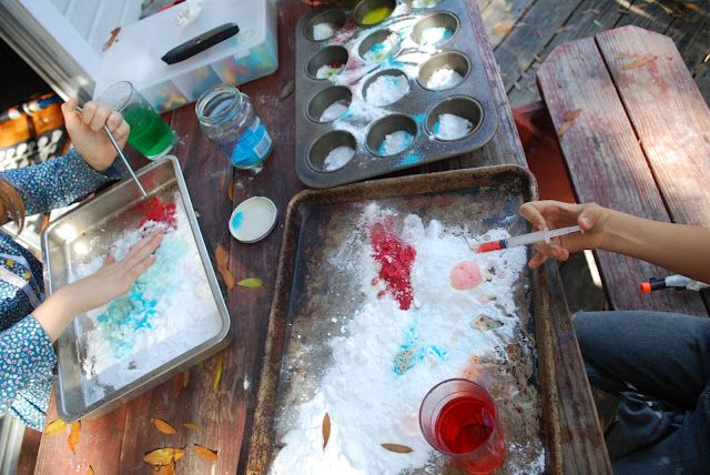 Fun and messy and classic: Exploring Labs, Activities For Kids, Kids Birthday Parties, Parties Activities, Colors Exploring, Party Activities, Parties Ideas, Summer Birthday, Baking Soda