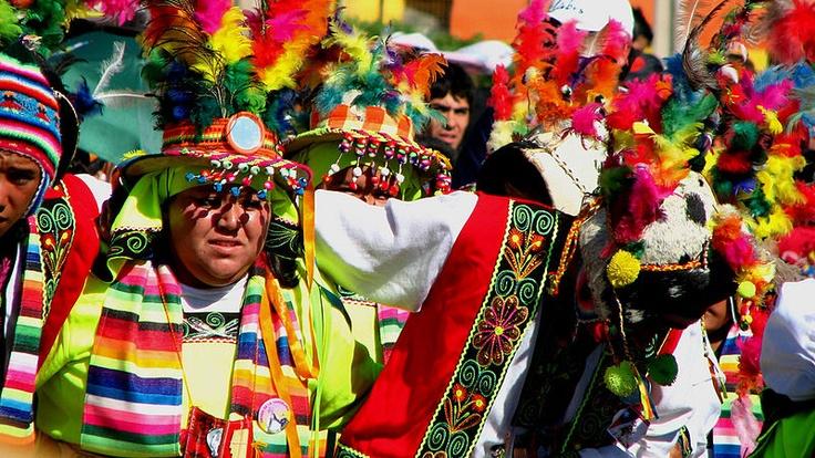 baile tinku, Copiapo (Chile)    -Me gusta la ropa porque es muy bonita.