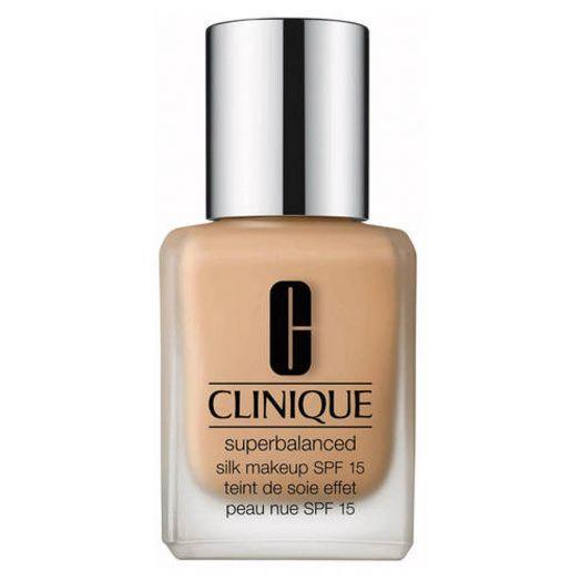 Fond de teint Superbalanced Silk Makeup SPF 15 de Clinique
