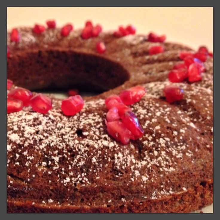 Pomegranate Chocolate Cake | Dessert & Juices | Pinterest