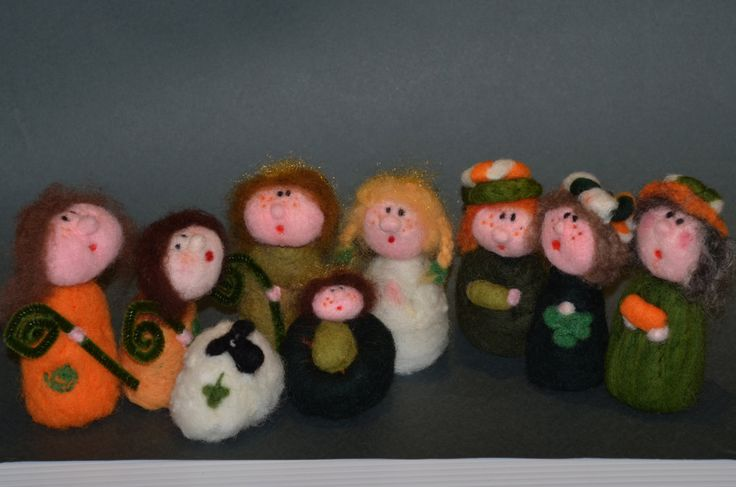 Needle felted Irish Nativity in Green White and Gold by TheFeltDrawer on Etsy