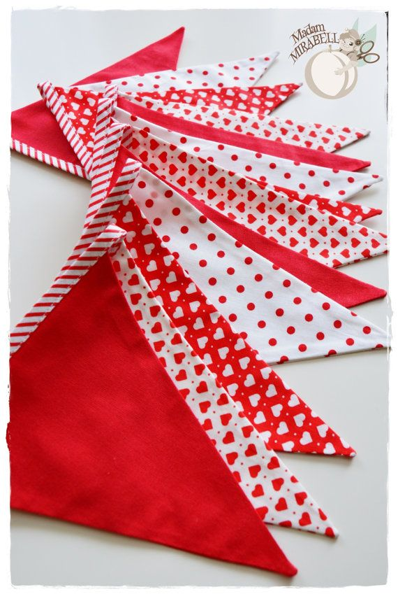 Valentine Garland with Hearts - Bunting Banner . Flag Bunting . Pennant Banner . Flag Garland . Party Decoration . Fabric Bunting