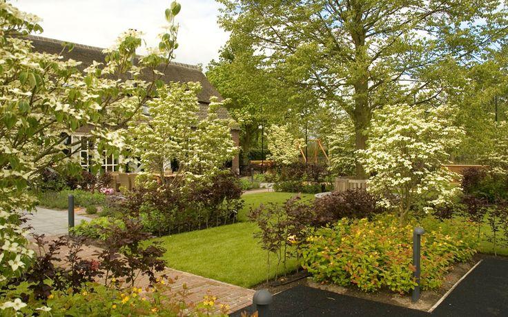 Kindvriendelijke boerderijtuin - Tuinarchitect Jacques van Leuken Tuinarchitect Jacques van Leuken