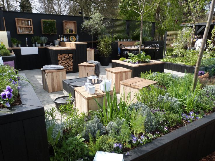 """""""Gold Medal"""" and """"Best in Show"""" winning garden by Victoria Wade Landscapes at RHS Cardiff Event"""