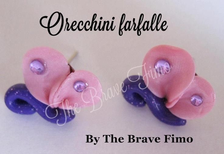 orecchini bottoncino con farfalline in fimo ...Sono Totalmente realizzati a mano Senza stampi e lucidati con apposita vernice Costo: 5 euro