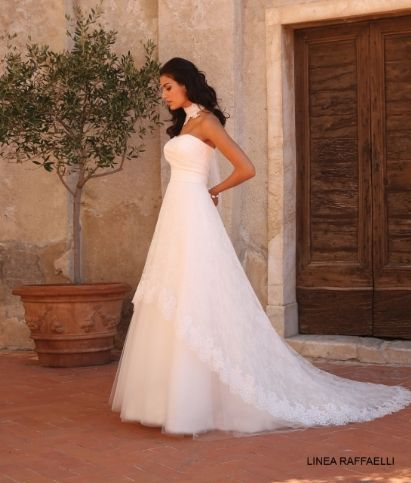 Prima Donna | Deerlijk | bruidsjurk | Linea Raffaelli | Oni Onik | Enzoani | La Sposa | Disney bridal | Colet | trouwen | jurk | bruid | huwelijk
