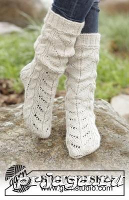 Теплые носки спицами