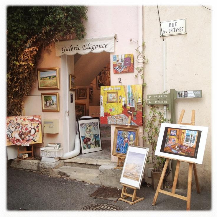 Mougins art shops