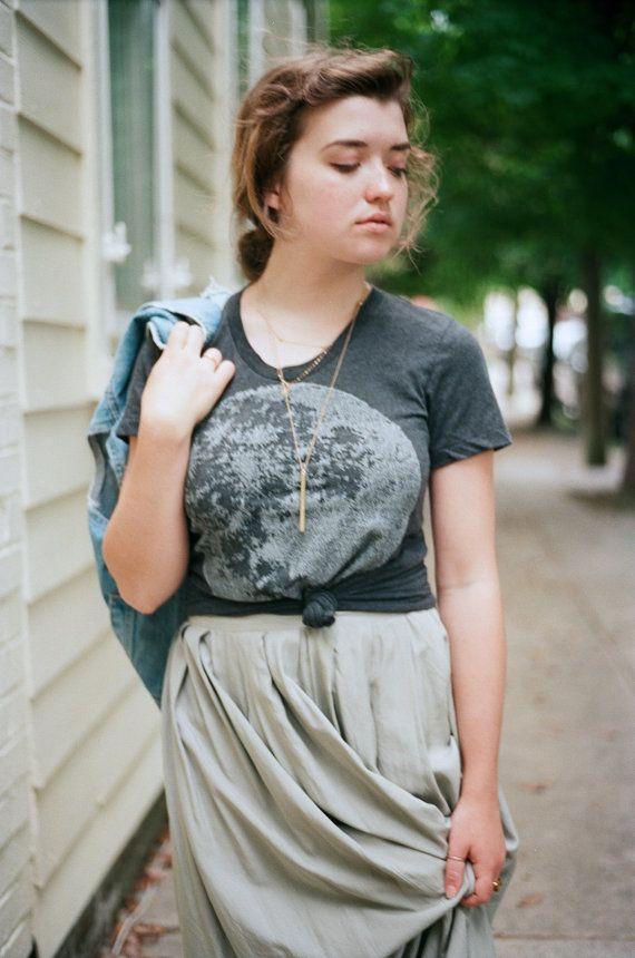 Tshirt for women - full moon screenprint on heather black - summer fashion - moon t shirt - for her / for women by Blackbird Tees