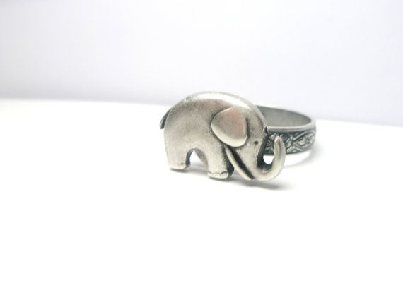 Elephant  Ring - Antique Silver  tone- Good luck-  Adjustable ring -   Vintage style- free shipping