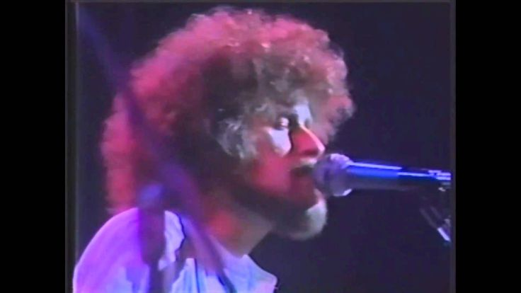 The Best Of My Love - The Eagles- tour Houston 1977  Don Henley, Glenn Frey, J.D. Souther