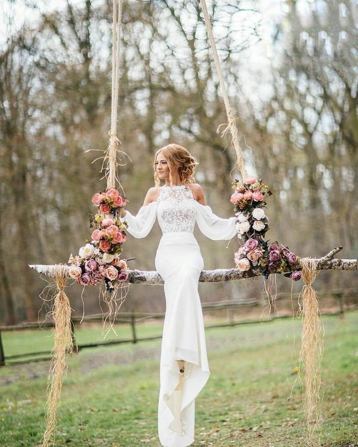 Wedding Hangs  : @sbingraphy #bride#wedding#swing#hangingchair#immerseinnature#boheme#vintage#herecomesthebride#ido#weddinginspo#brideinspo#theknot#floral#roses