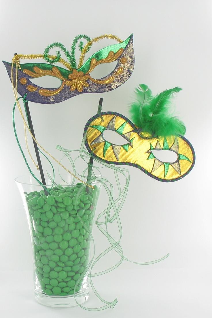 about Mari Gras party decor on Pinterest | Mardi Gras, Mardi Gras ...
