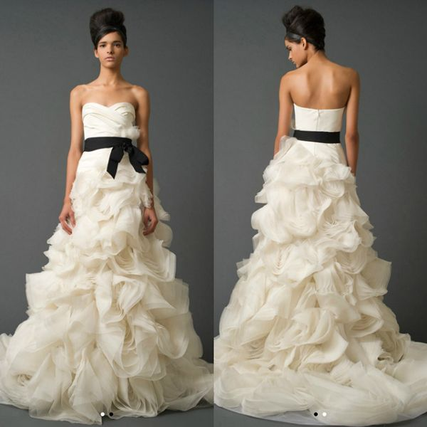 Trending Vera Wang Vera Wang Basket Weave Organza Gown With Floral Detail Style Vw Wedding Dress for