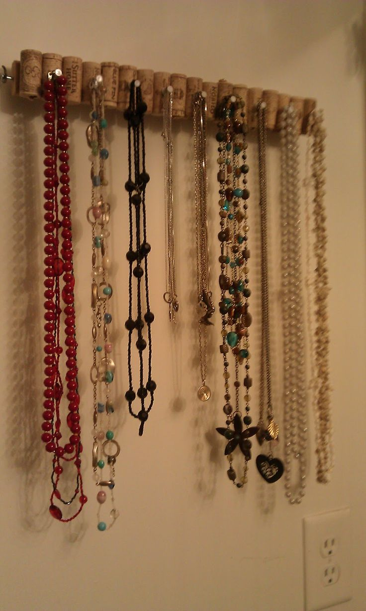 Hanging Necklace Organizer The 25 Best Diy Necklace Holder Ideas On Pinterest Necklace