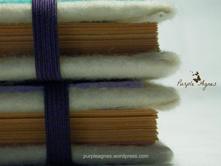 Handmade Journals for 2 sisters, Hardcover, Felt cover, elastic band closure, picture 4
