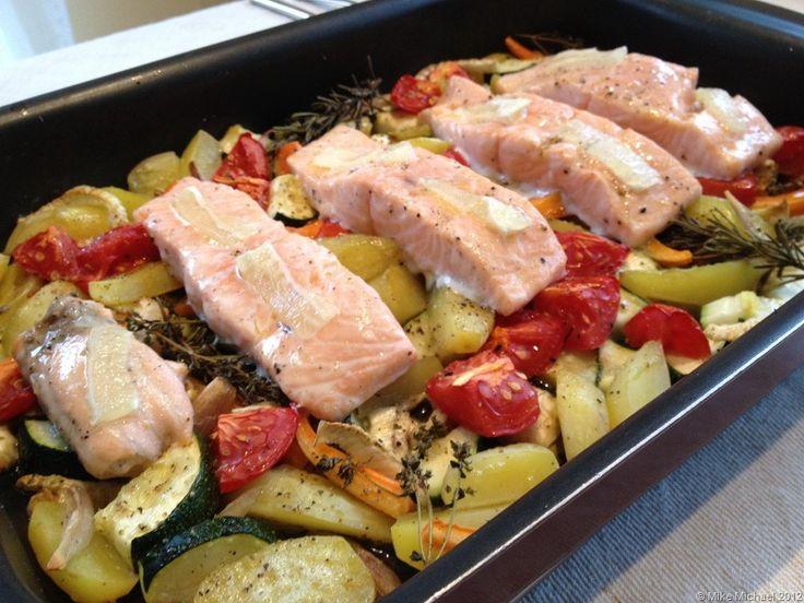 Gemuese mit Lachs aus dem Ofen