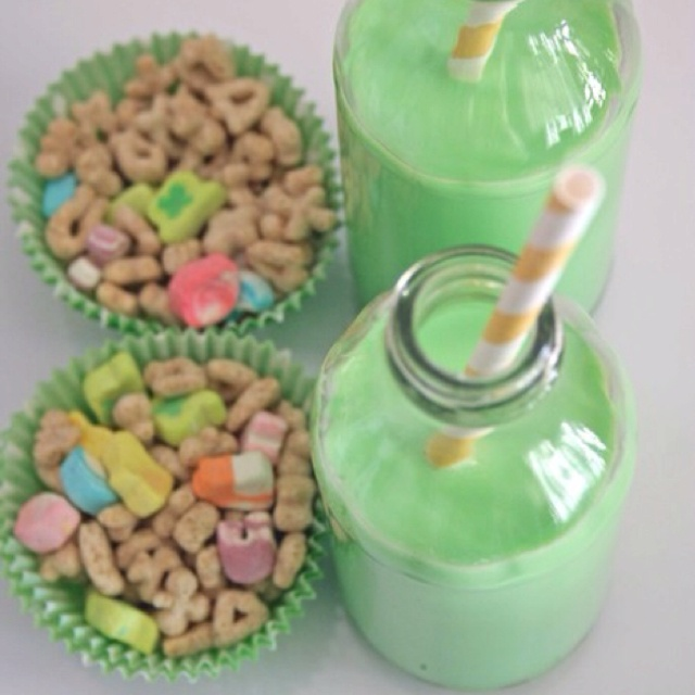 Adorable St. Patrick's day snack.