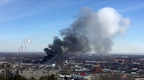 Fireworks warehouse goes boom ablaze in southern Russia (PHOTOS VIDEOS) http://ift.tt/1Rkysmm   Firemen are busy tackling a blaze at a fireworks warehouse on the outskirts of Ufa in southern Russia the Russian Ministry of Emergency Situations says adding that blasts can be heard in the area.Read Full Article at RT.com Source : Fireworks warehouse goes boom ablaze in southern Russia (PHOTOS VIDEOS)  The post Fireworks warehouse goes boom ablaze in southern Russia (PHOTOS VIDEOS) appeared…