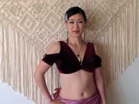 ''Go Tuck Yourself'' - Kae Montgomery (from Fat Chance Belly Dance)  4 different ways to tuck your ats skirt