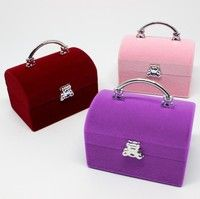 Material: blended Condition: 100% brand new Color:red , pink , purple Size: 5.9*3.9*5.5cm Package