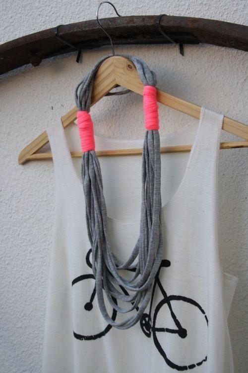 shirt yarn necklace: טריקו שממש, T Shirts Yarns, 12 ...