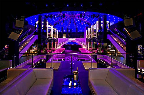 Located at the Fontainebleau Hotel in Miami Beach, LIV is a major player in the Miami party scene. The huge space, lavish design, and outrageous entertainment offered make it a real stand out among Miami clubs. It's like going to Las Vegas without leaving Miami.