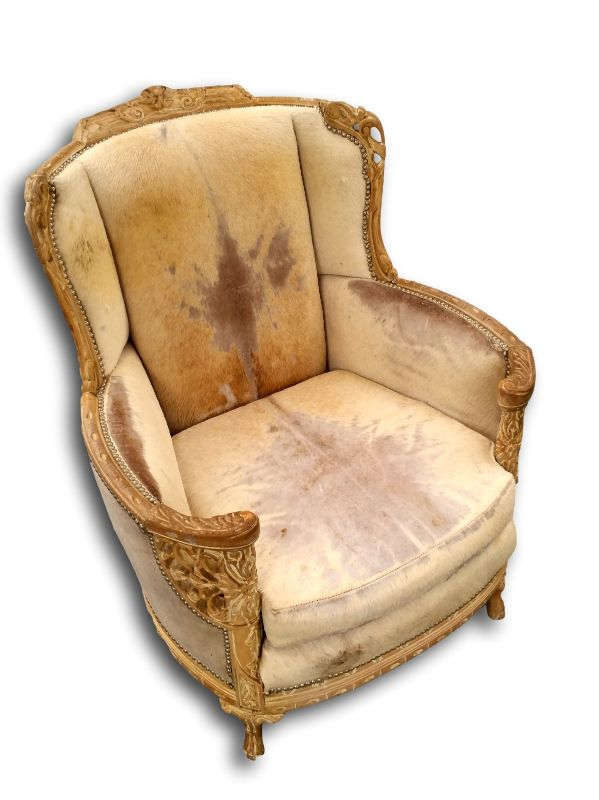 Wingback chairs at @tritterfeefer, ADAC Atlanta #wood #animalfur
