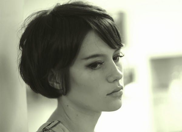 Oh So Lovely Vintage: Short hair don't care.