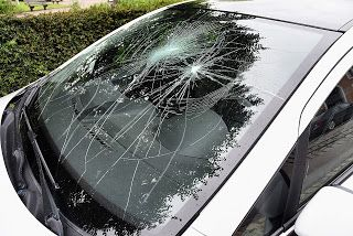 Here are a few of the basics every driver should know when it comes to auto glass #car #auto