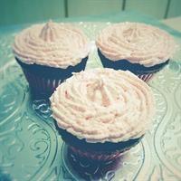 Charl Cooks… for World Baking Day: Red Velvet Cupcakes