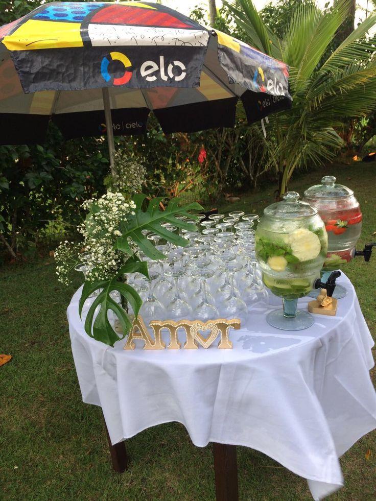Água aromatizada para casamento ao ar livre