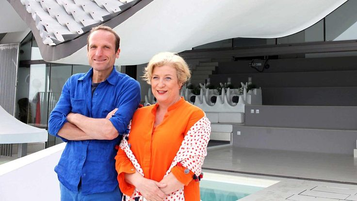 Piers Taylor and Caroline Quentin explore extraordinary homes built in coastal locations.