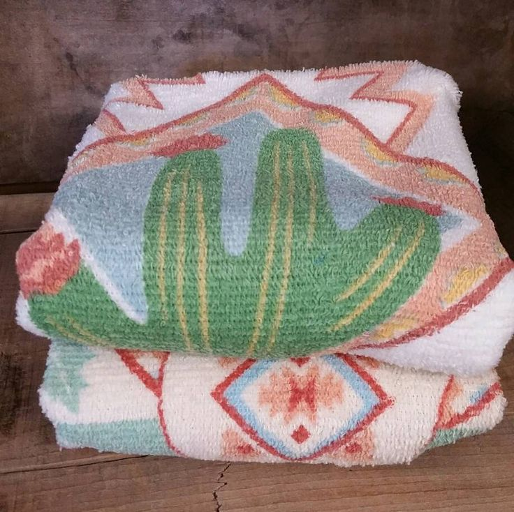 Vintage Towels, FREE SHIPPING, Southwestern Design, Set of two, Cactus Motif, SouthWest Design, New Tea Towels, Aztec Design, Hand Towel by TreasurehunterCoShop on Etsy