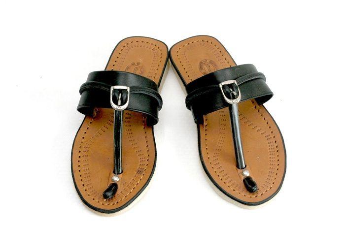 http://anekasandalbagus.com/aneka-sandal-bagus-maher-sl-05-coklat/ Ket : tersedia juga warna hitam seperti di gbr