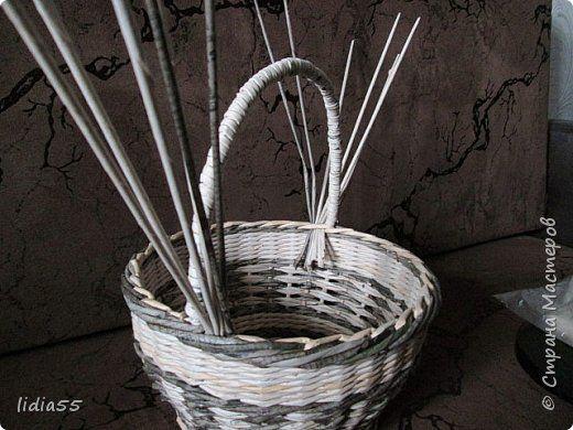 Мастер-класс Поделка изделие Плетение ручка для корзины Трубочки бумажные фото 20