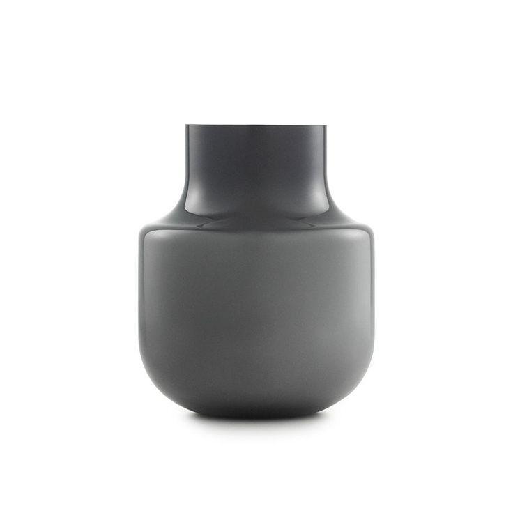 top3 by design - Normann Copenhagen - still vase 19cm grey