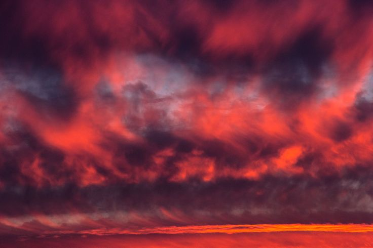 When the sky turns red by Freddy Briones Parra on 500px